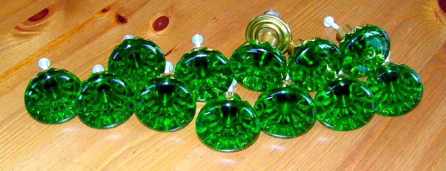 dörrknoppar 24 nyanser av grönt